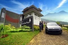 villa_di_batu_malang_front