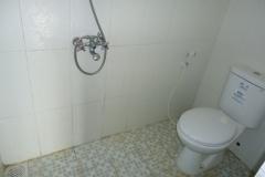 Villa-Batu-9-kamar-mandi-1