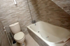 Villa-Batu-9-kamar-mandi-3