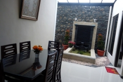 Villa-Batu-9-ruang-makan