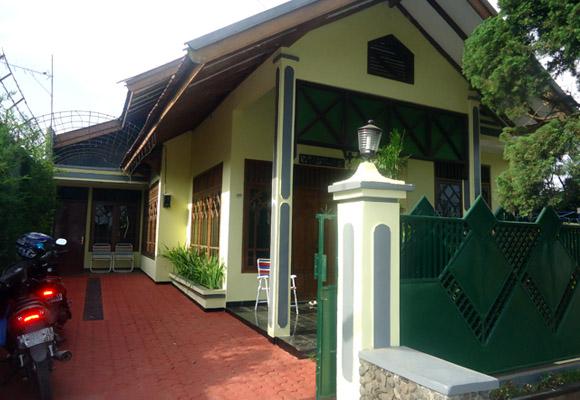 Villa Bumi Pesanggrahan (Belakang BNS) | 3 Kamar